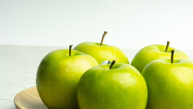 1 quả táo xanh chứa bao nhiêu calo